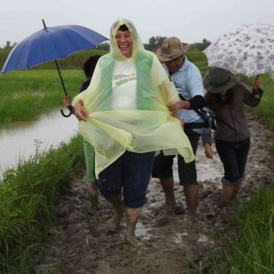 monsoon-mud-bath